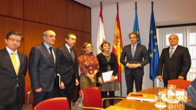 Iñigo de la Serna en su visita a Gijón.