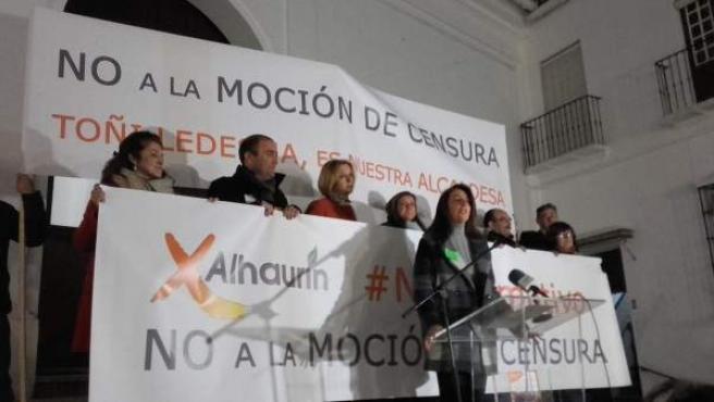 Moción de censura alhaurín el grande ledesma pancarta