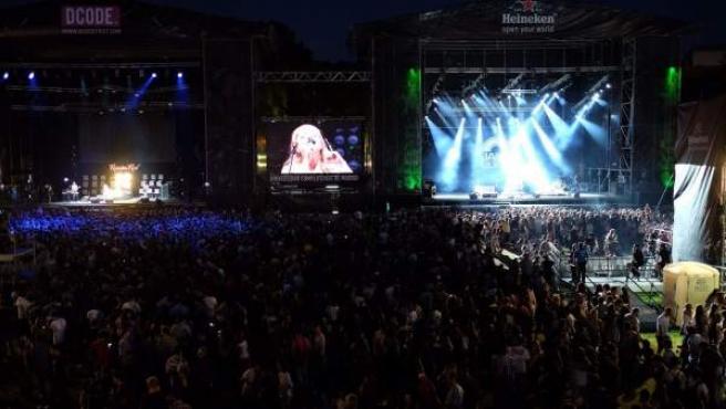 Imagen panorámica del DCode Fest 2014 durante la actuación de Russian Red.