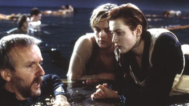 James Cameron defiende (una vez más) el final de 'Titanic'