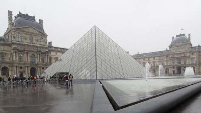 El museo del Louvre, en París, Francia.