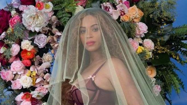 La publicación de Beyoncé en Instagram mostrando su embarazo.