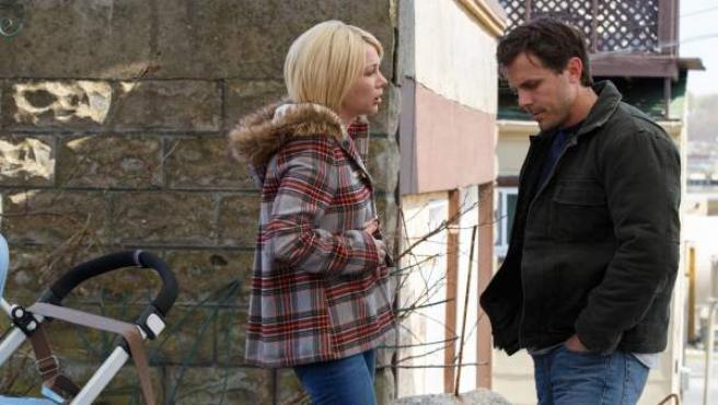 Michelle Williams y Casey Affleck en una escena de 'Manchester frente al mar'.