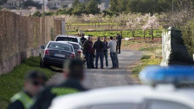 La Guardia Civil investiga el hallazgo del cadáver en Cartagena.