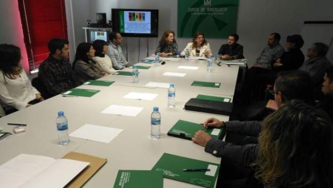 Reunión con responsables de los clubes beneficiarios de las ayudas.