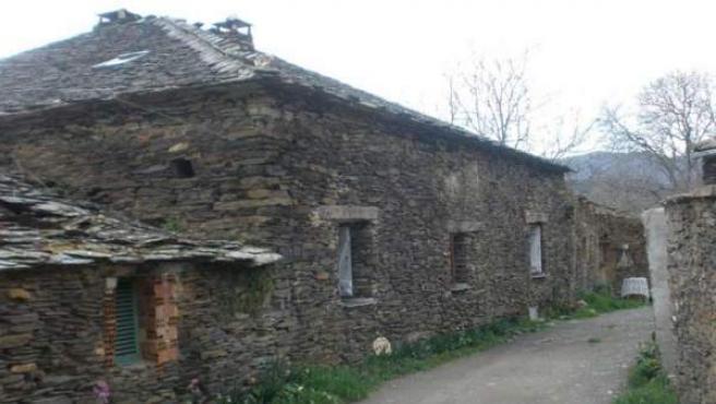 La pizarra negra ha sido utilizada principalmente en cubiertas y muros.