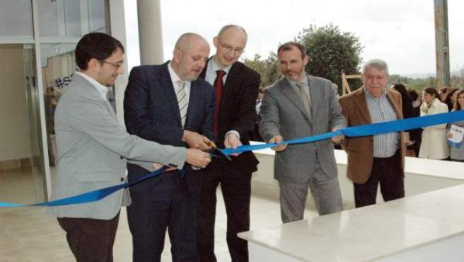 Inauguración de la nueva sede de Labo'Life en Consell