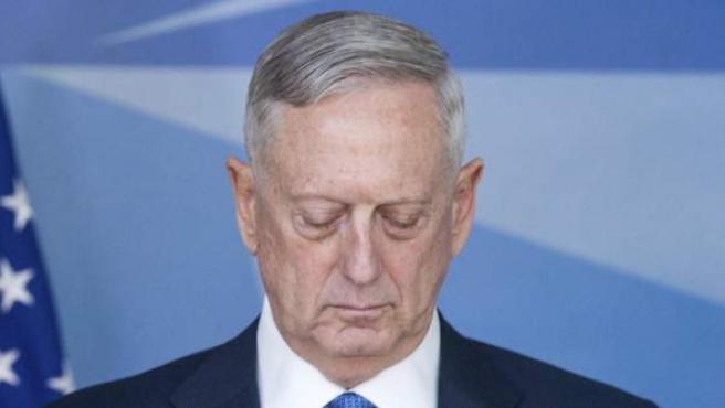 El secretario de Defensa de EE UU en su comparecencia durante la reunión de los ministros de Defensa de la OTAN.