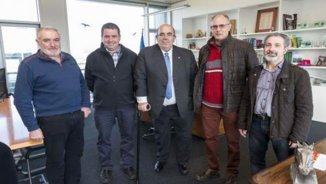 Oria se reúne con el alcalde de Arredondo
