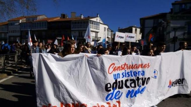 Manifestación de Erguer en Santiago