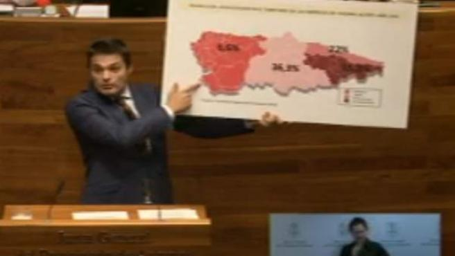 Pedro de Rueda, en el Pleno de la Junta.