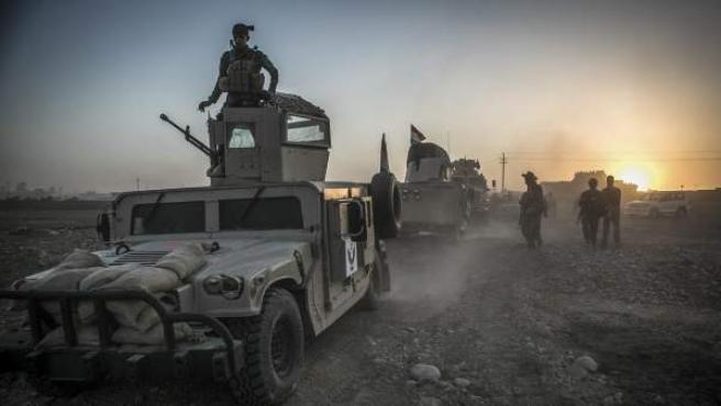 Tropas iraquíes en las inmediaciones de Mosul.