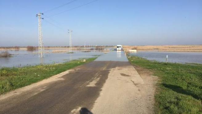 Vado de los Vaqueros inundado.
