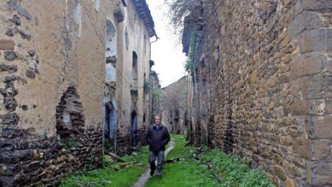 Faustino Calderón, el turista de los pueblos deshabitados.