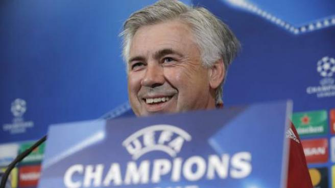 Carlo Ancelotti en rueda de prensa en la Champions.