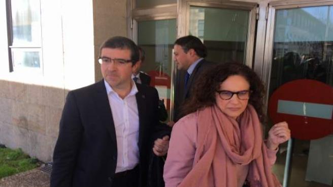 Los dos altos cargos del Sergas investigados a la salida de los juzgados