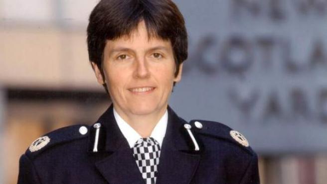 Cressida Dick, de 56 años, ha sido nombrada comisaria-jefa de Scotland Yard, la primera mujer en la historia del cuerpo.