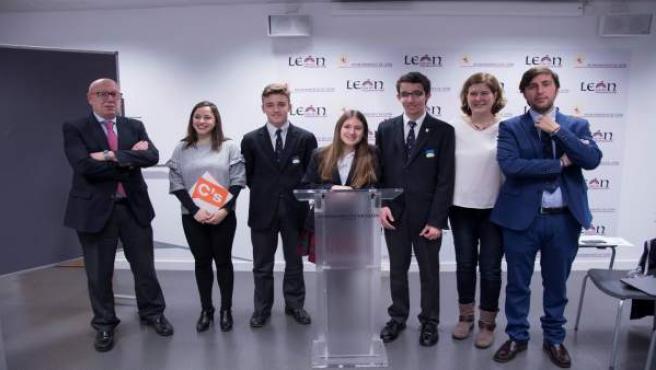 Prensa Aytoleón. Sesión Modelo Parlamento Europeo Ii (Fotos)
