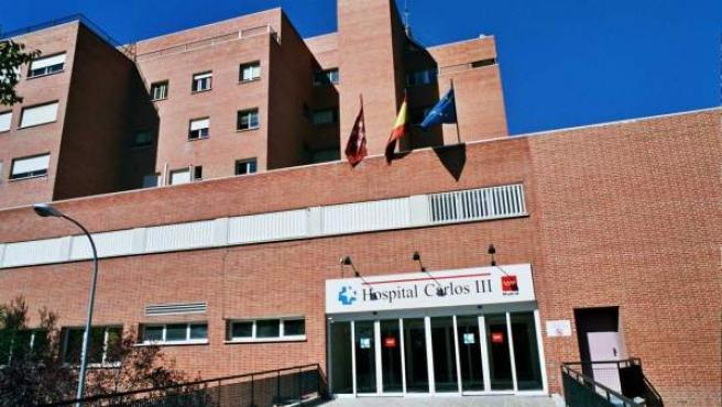 Entrada del Hospital Carlos III de Madrid, especializado en enfermedades infecciosas.
