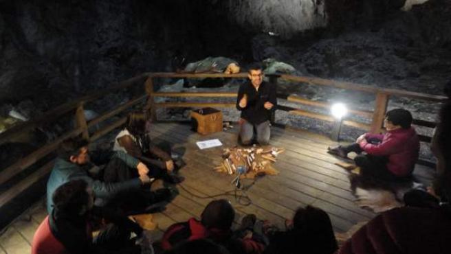 Arqueoacústica en la Cuevona de Ardines