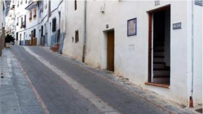 La fachada exterior de 'La fragua de Marcelino' en Lanjarón (Granada)