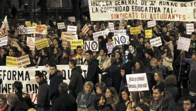 Un momento de la manifestación de estudiantes en Madrid convocada en toda España por el Sindicato de Estudiantes, en una imagen de archivo.