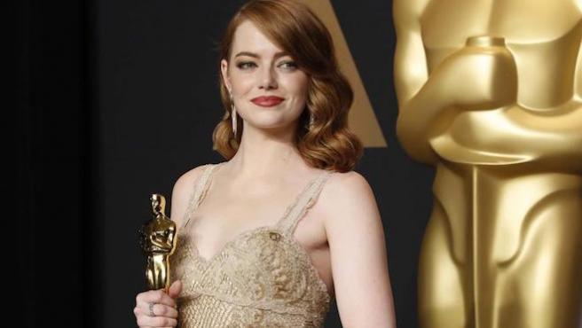 Una foto de Emma Stone, ¿culpable del error en los Oscar?
