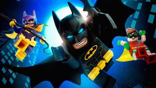 La historia de Batman montada con Lego