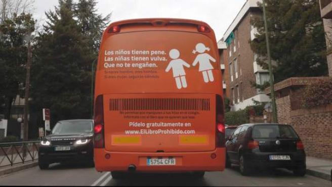 Autobús de la plataforma Hazte Oír.