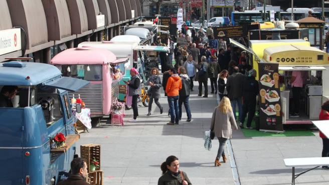 Hasta el domingo 5 de marzo, Expo Food Trucks Nuevos Ministerios celebra su segunda edición con 22 'food trucks' nacionales e internacionales aparcadas a la salida de la estación de Metro y Cercanías Renfe de Madrid.