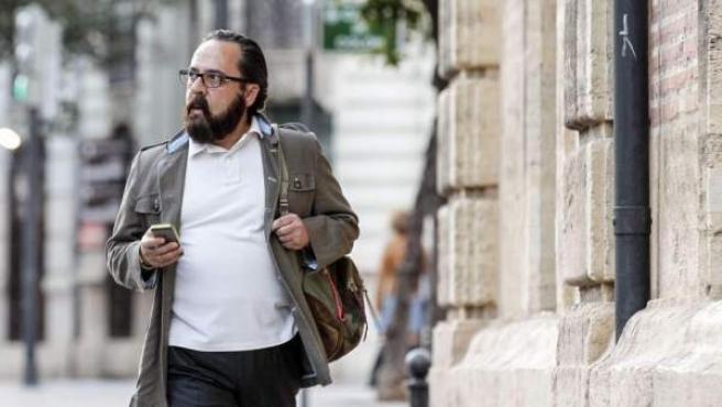 Álvaro Pérez 'El Bigotes', a su llegada al tribunal en una imagen de archivo.