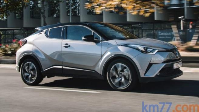 El Toyota C-HR es uno de los nominados a Coche del Año en Europa 2017.