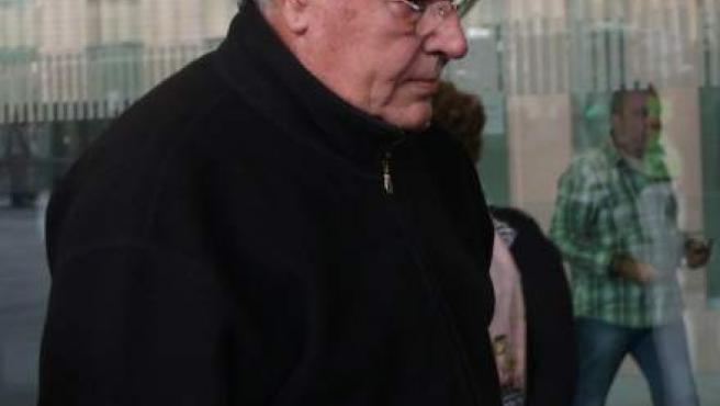 Imagen de Jordi Montull entrando en la Ciutat de la Justicia.
