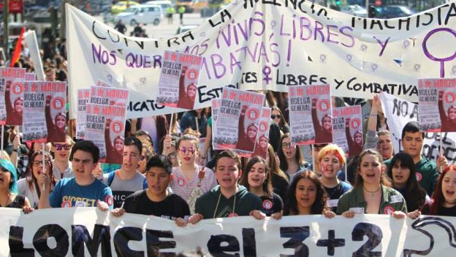Manifestación en Madrid durante la tercera huelga educativa del curso 2016-2017.