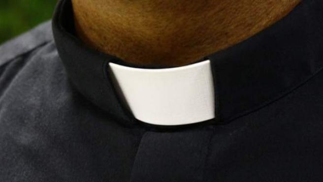 Imagen de archivo de un sacerdote.