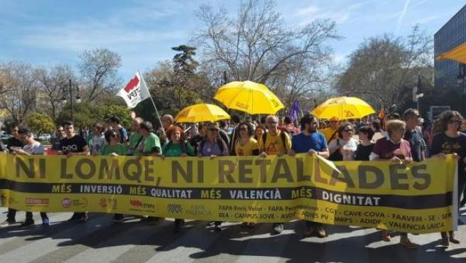 Manifestació contra la LOMQE a València