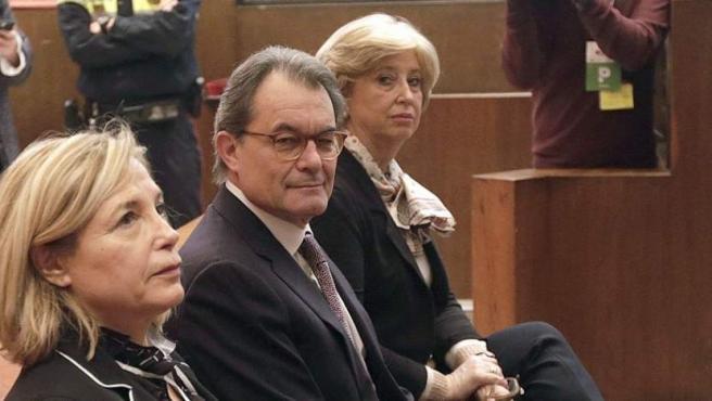Juicio a Artur Mas, Rigau y Ortega por el 9-N.