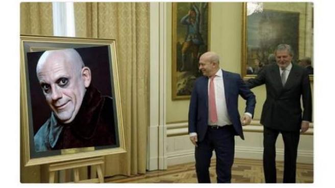Uno de los memes sobre el exministro encontrados en Twitter.