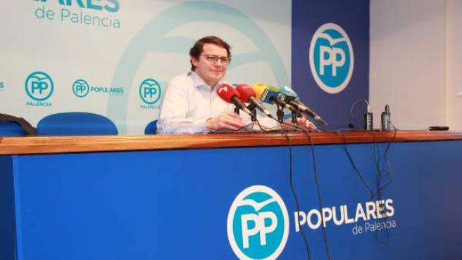 Palencia: Mañueco durante la rueda de prensa en Palencia
