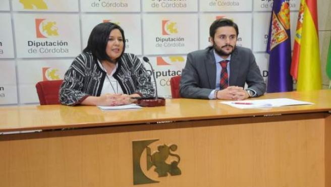 Amo y Almagro durante la presentación de la gymkhana