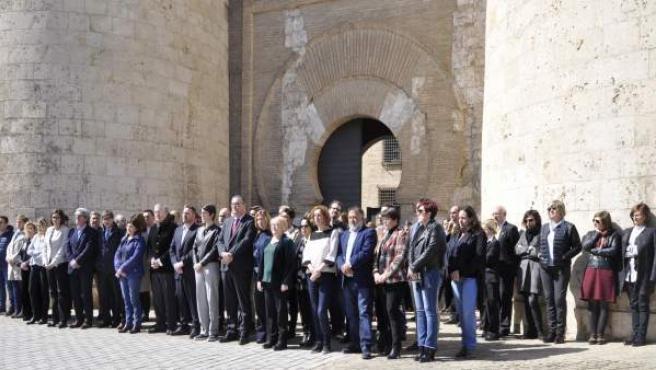 Minuto de silencio en las Cortes de Aragón por el ataque terrorista en Londres