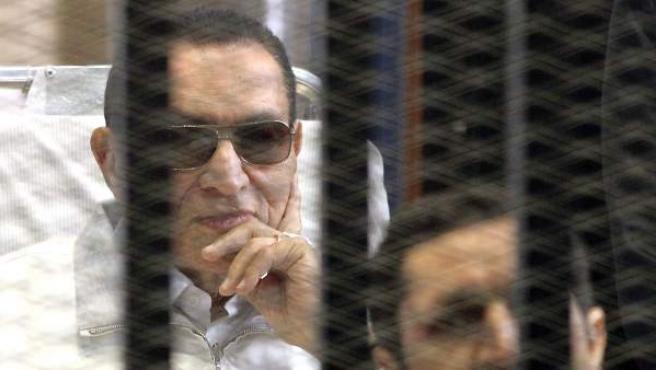 Imagen de archivo de 2013 del expresidente egipcio Hosni Mubarak.