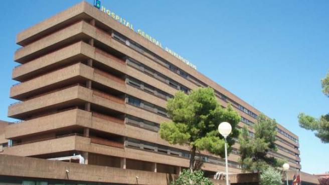 El Complejo Hospitalario Universitario de Albacete, donde se encuentra una paciente del brote de Hepatitis A.