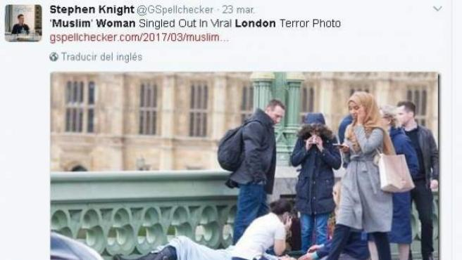 Mujer musulmana criticada en redes sociales.