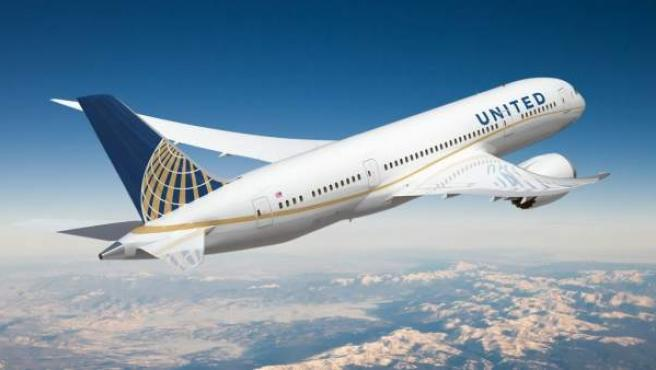 Un avión de United Airlines, en pleno vuelo.