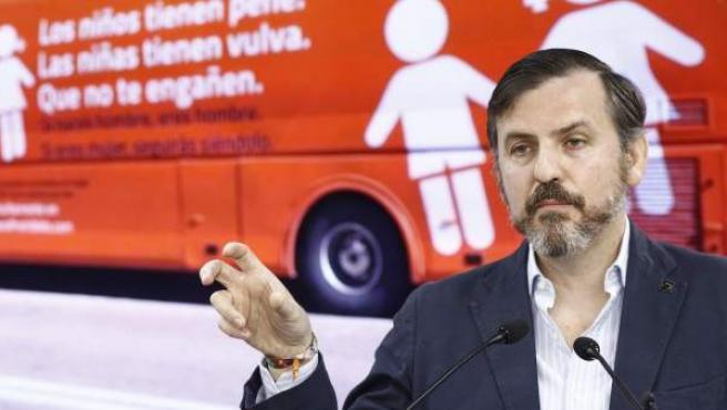 El presidente de Hazte Oír, Ignacio Arsuaga, en rueda de prensa.
