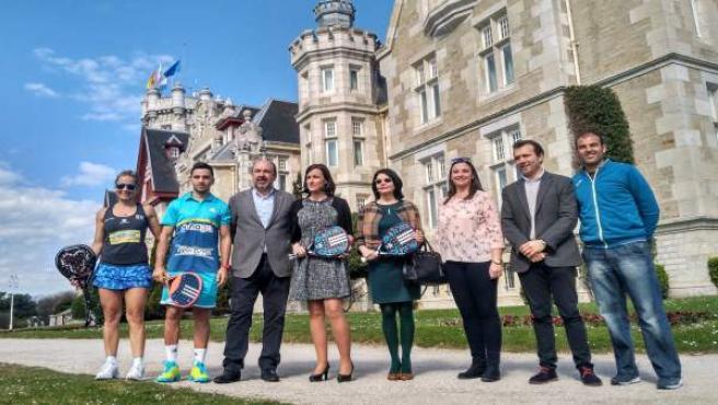 12:00.- Palacio De La Magdalena, SantanderLas Directoras Generales De Turismo,