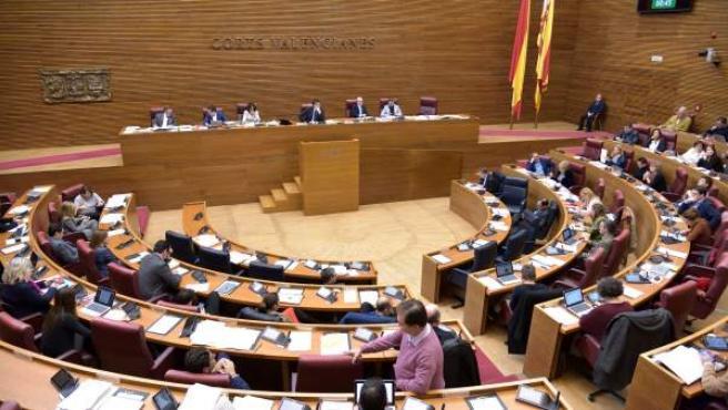 Pleno de Les Corts Valencianes, en imagen de archivo.