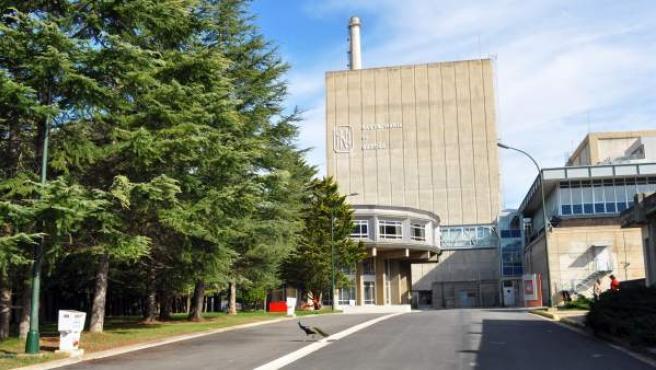 Entrada de la central nuclear de Santa María de Garoña, en Burgos.