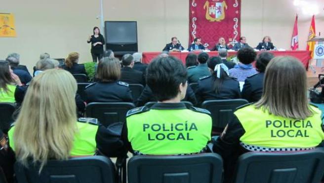 Encuentro de mujeres policías locales en Cáceres